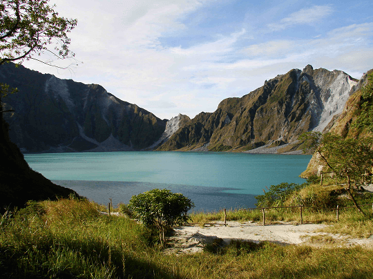 10 Reasons that make the Philippines unique
