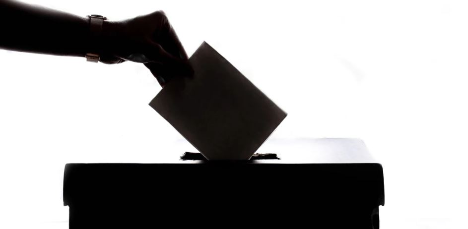 A Complete Guide for Foreigners to vote in the UK General Elections